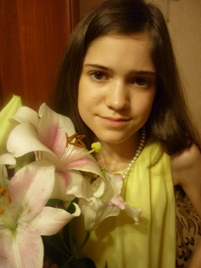 Заставка для - Арина Крятова